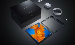 Huawei to launch AED 10,000 Foldable Flagship Phone