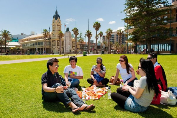 Australian Government Postgraduate Scholarships for International Students