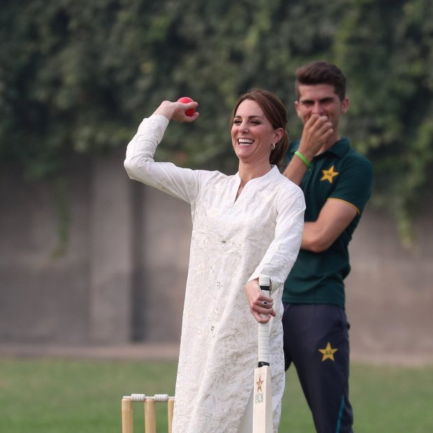Princess Kate Playing Cricket in Pakistan