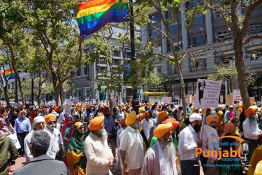 Pictures & Videos London - Thousands of Sikhs march to remember Amritsar temple attack (30)