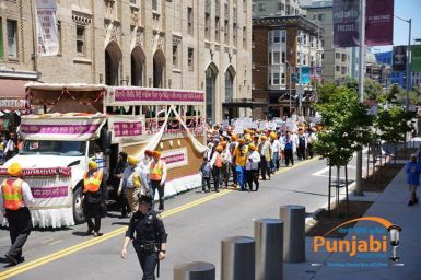 Pictures & Videos London - Thousands of Sikhs march to remember Amritsar temple attack (37)