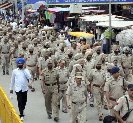 police in golden temple