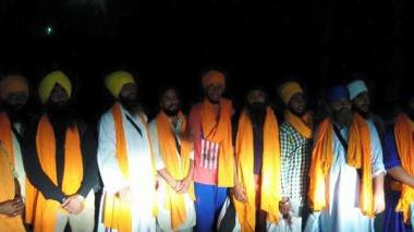 Singhs arrested from the house of Bapu Surat Singh Khalsa in Hassanpur have been released. 2