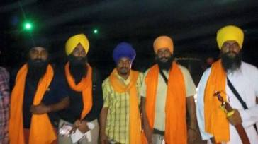 Singhs arrested from the house of Bapu Surat Singh Khalsa in Hassanpur have been released.