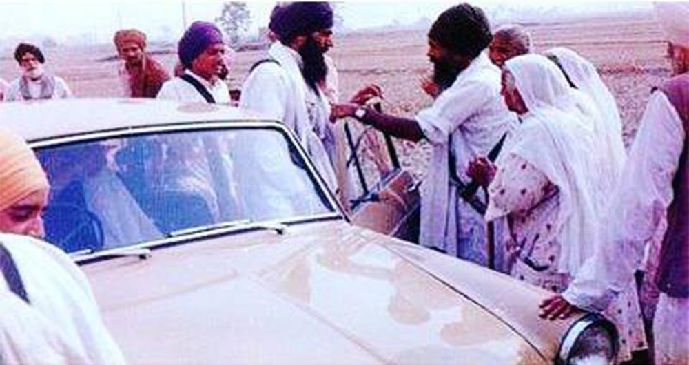 Sant Bhindranwale On Parchar Tours Around The Villages And Cities Throughout Panjab And The Rest Of Indiaa