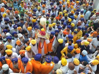 Sikhs Commemorate 411th Parkash Anniversary of Guru Granth Sahib