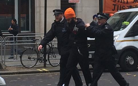 Sikh arrested in uk