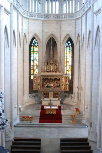 pohled do presbytáře
