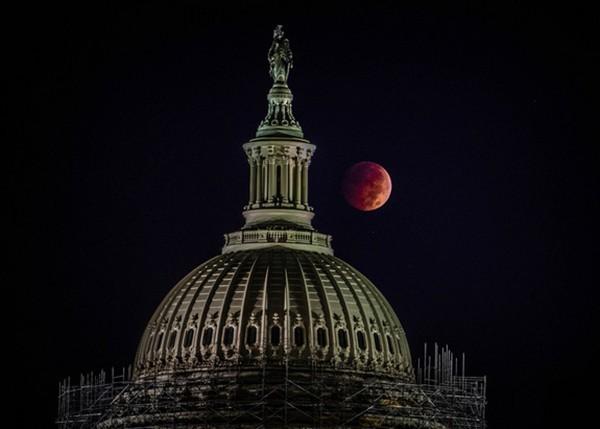 """Bí kíp để xem """"Mặt trăng máu"""" đặc biệt nhất thế kỷ 21 vào ngày 4/4 tại Việt Nam"""