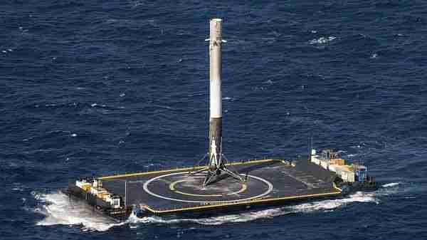 spacex_şirketi-spacex-uzay_turizmi-ay-elon_musk