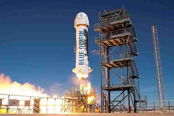 jeff_bezos-blue_origin-richard_branson-virgin_galactic-spaceshiptwo
