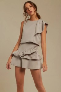 Ruffled_Set_Gray