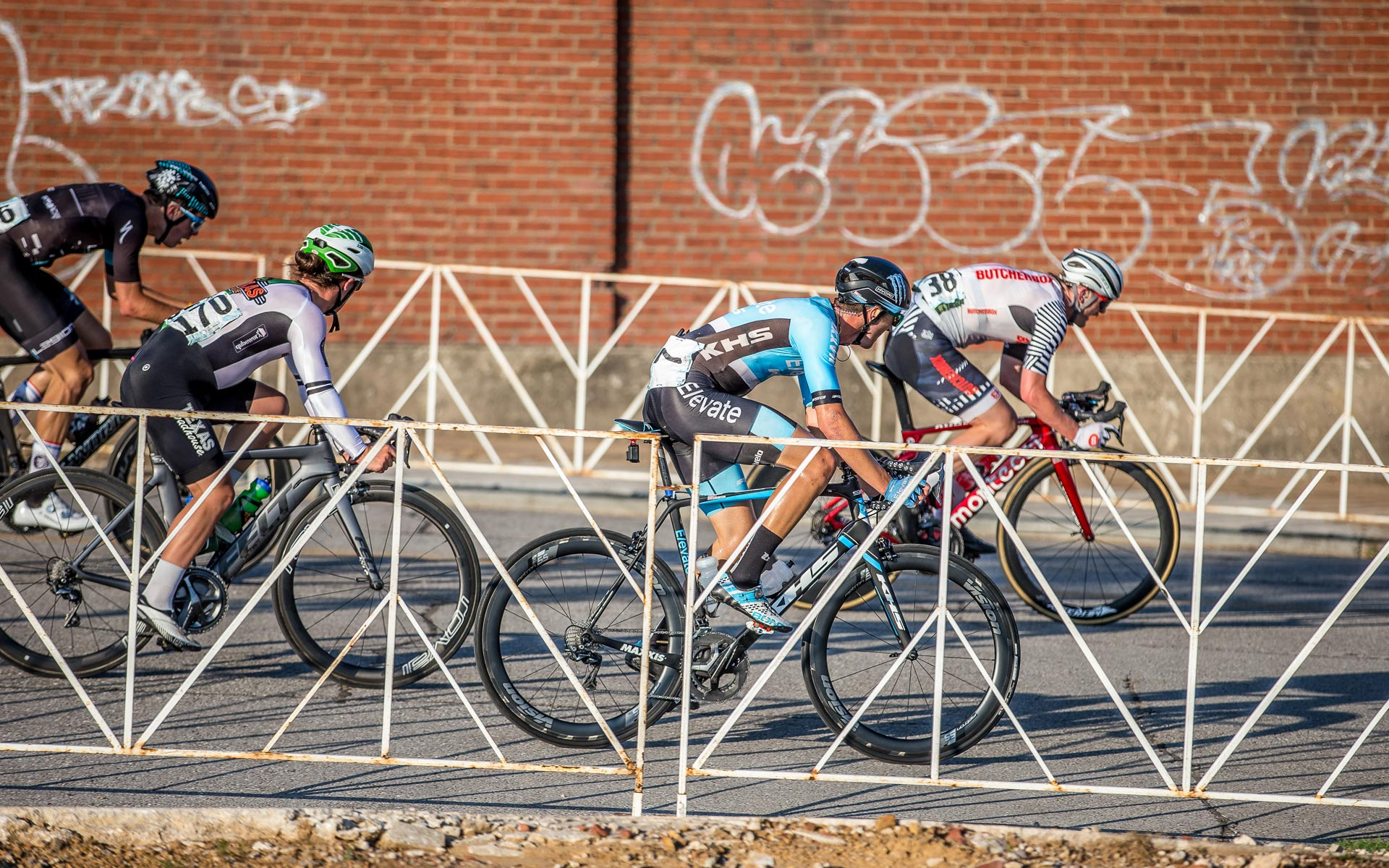 Elevate KHS Team racer lining up for the sprint