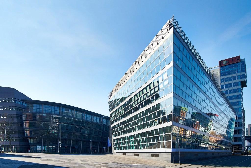 Architekturfotografie - Kai Center Düsseldorf Medienhafen - architektonische Idee