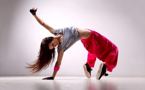 girl-dance-music-movement