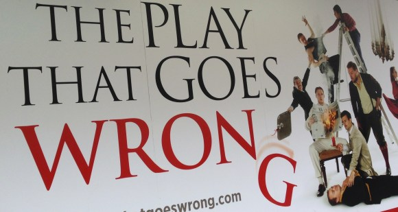 Poster - The Play That Goes Wrong