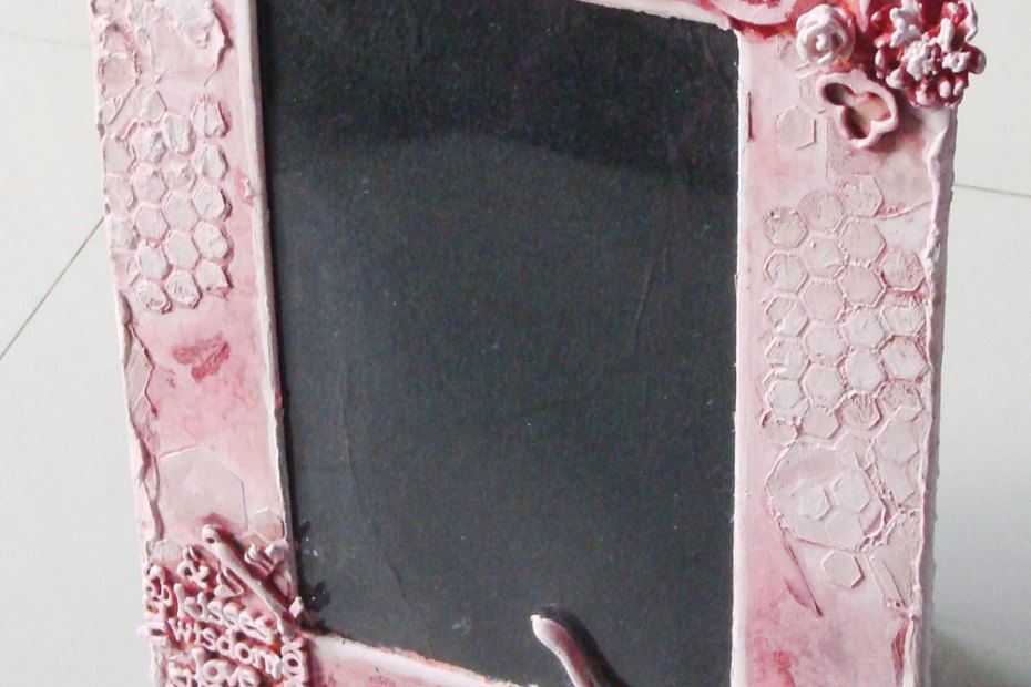 A mixed media photo frame Frame1 5
