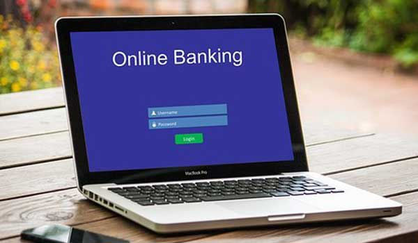 Importance-Uses-of-Computer-in-Banks