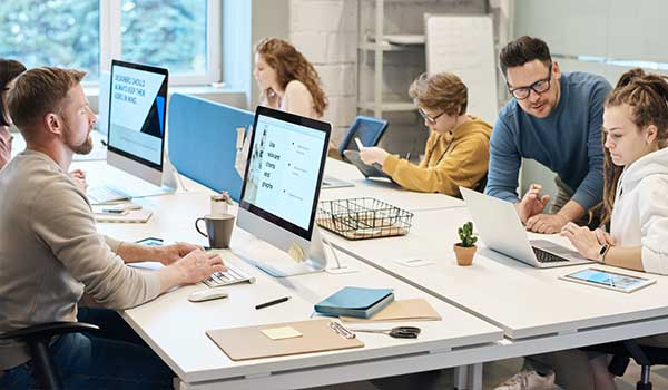 Uses-Importance-of-Computer-in-Office-Work
