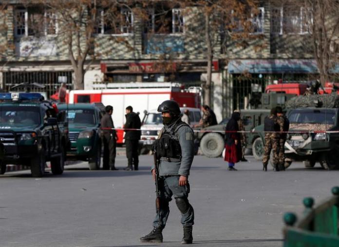کابل کښې نامعلومه وسله والو درې بهر ملکي وګړي تختولو نه پس وژلي