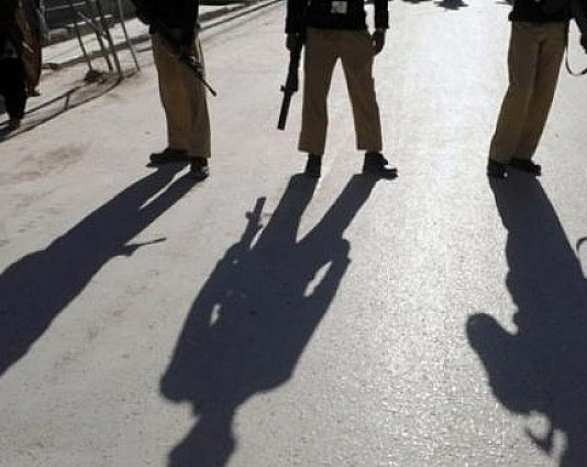 Two policemen martyred in Quetta firing