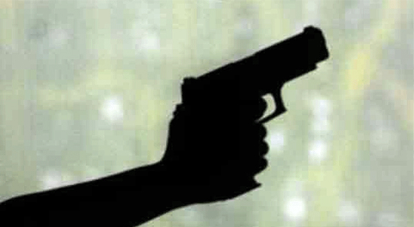Lawyer guns down colleague, injures another in Session Court Lahore