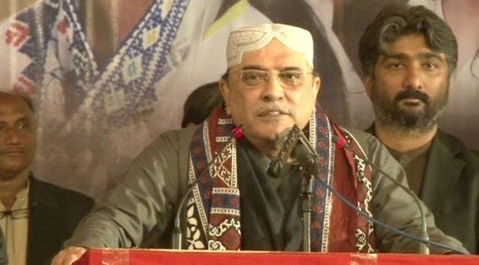 Zardari claims Musharraf doesn't intend to return to Pakistan