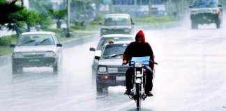 Light rain turns weather cold in parts of country
