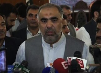 Qaisar rejects reports of introducing new syllabus for madrassahs