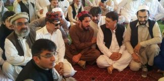 PTM-Govt Jirga hold first round of talks