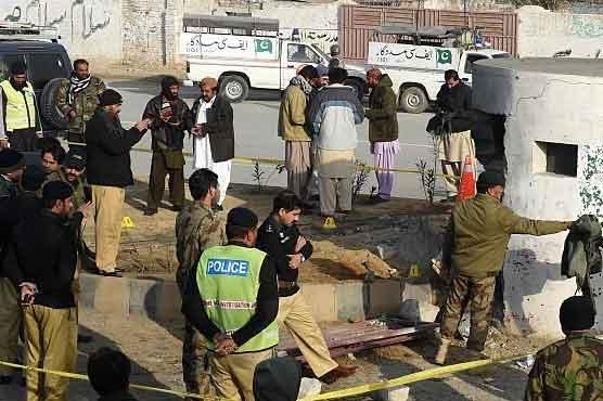 Two soldiers killed, six injured in check post blast in Quetta
