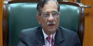 CJP Saqib Nisar refuses to take salary unless PWD employees paid