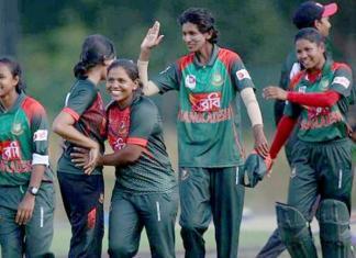 Bangladesh stuns India to win Women's Asia Cup