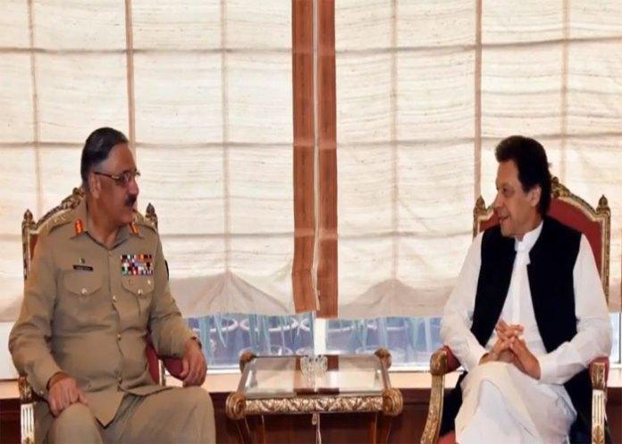 CJCSC General Zubair calls on PM Imran Khan