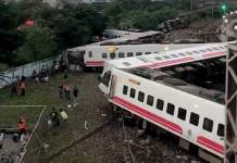 17 dead in Taiwan rail accident: authorities