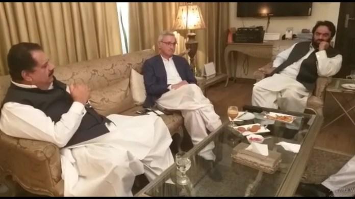 Pervaiz Elahi asks Jahangir Tareen to control Chaudhry Sarwar