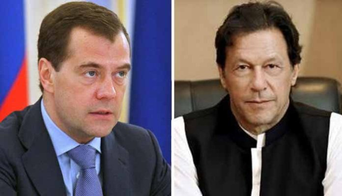 PM Imran meets Russian premier in Shanghai