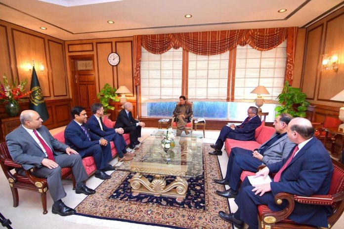 PM Imran reaffirms govt's commitment to facilitate investors