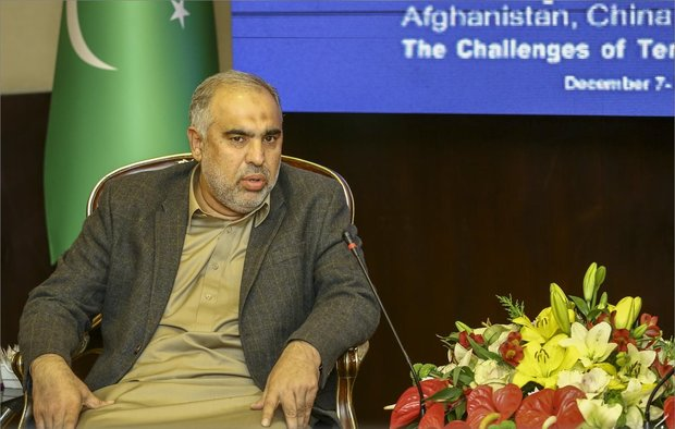 Pakistan will always stand by Iran's side: Asad Qaisar