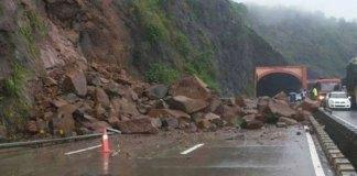 Kalam-Mingora Road closed for traffic due to landslide