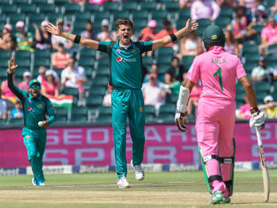 South Africa win toss, opt to field against Pakistan in series decider