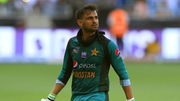 Shoaib Malik To Return Home Over Personal Issue
