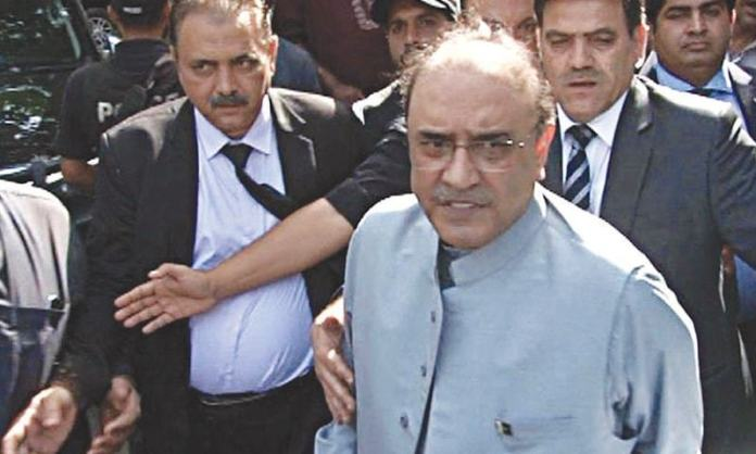 NAB to move SC against Zardari's bail in money laundering case