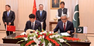 Pakistan, China sign several MoUs in diverse sectors