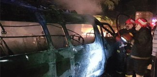 Eight burnt alive as van catches fire in Jhelum