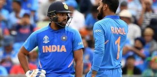 India lose three early wickets in World Cup semi-final against New Zealand