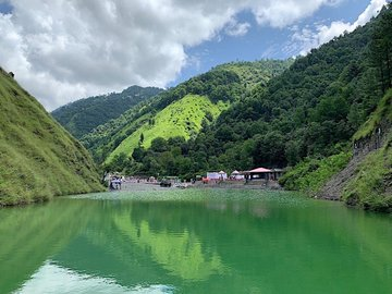 KP government opens tourist spot in Galiyat
