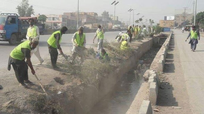 Public should join hands with Govt to make Peshawar clean, green city: Shahram