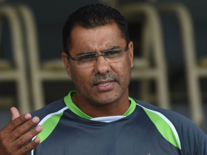Waqar joins race to become Pakistan cricket team's bowling coach