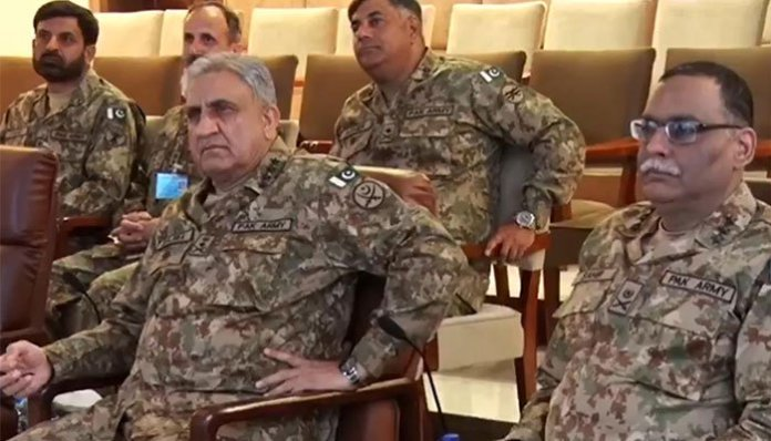 Army Chief visits HQ Southern Command Quetta